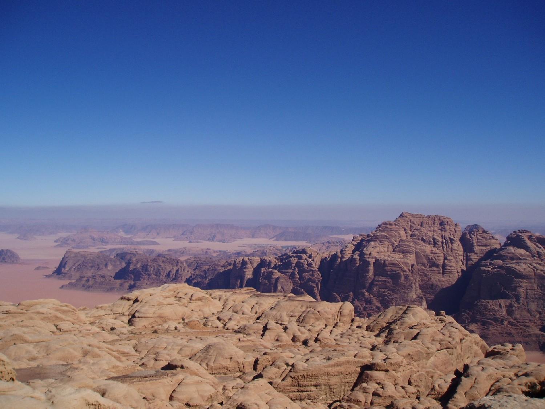 Paysage au sommet du Djebel Rum