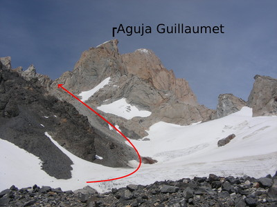 La subida al Paso Guillaumet desde la piedra negra (11/01/2009)