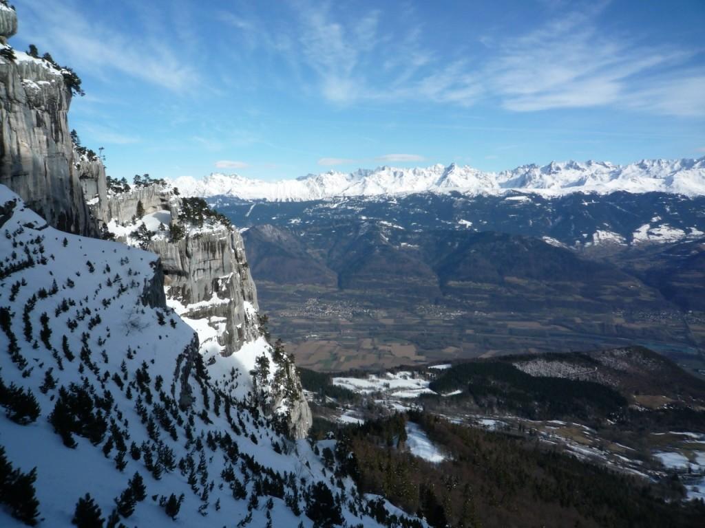 Vue sur Belledonne à la montée