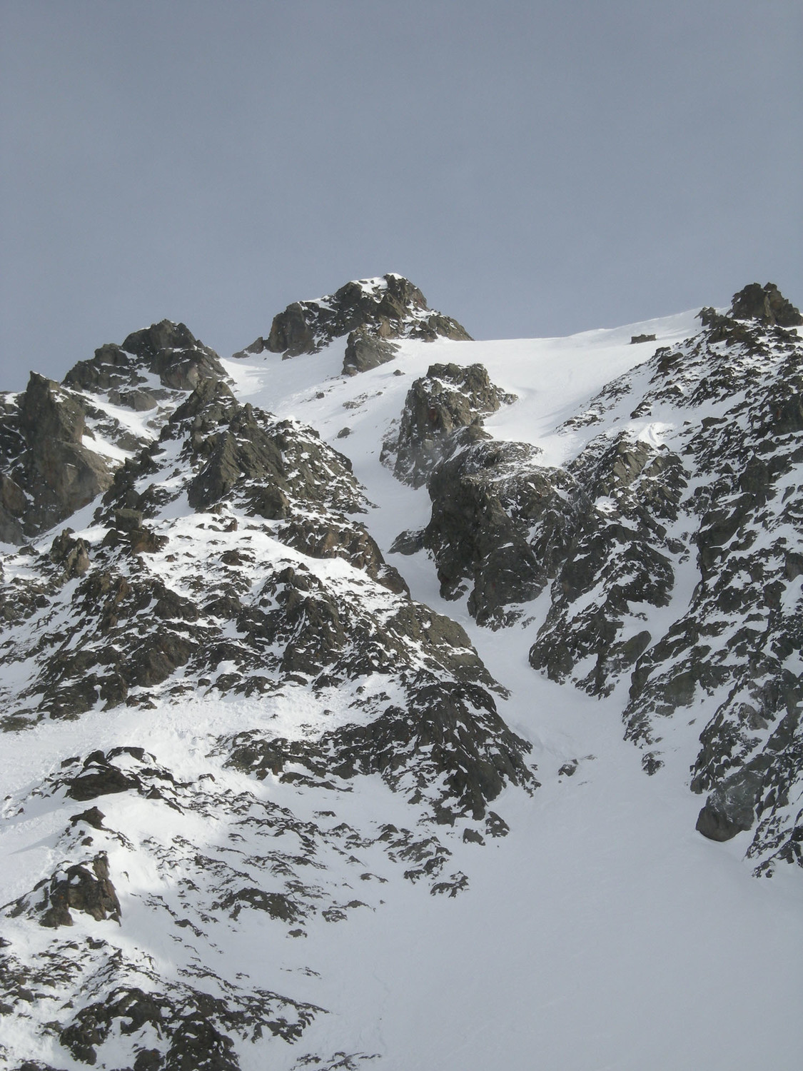 Pointe Alphonse Favre. Couloir NW