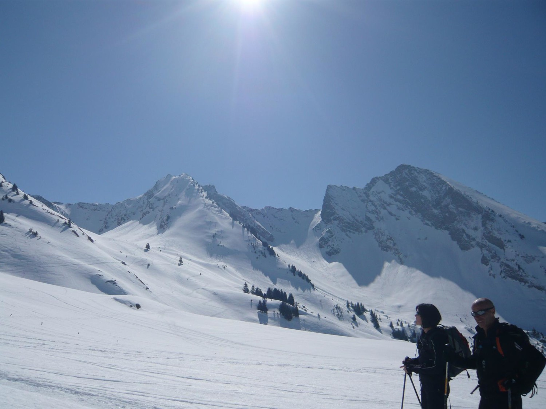 Aiguilles du Mont en arière plan