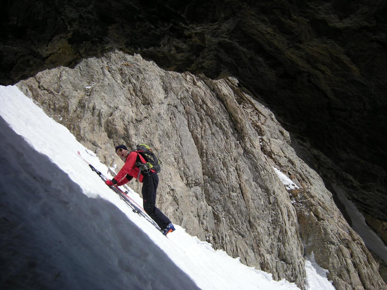 Pte. Bourdillon. Depuis ma niche j'observe Pïerre à la poursuite de son ski.