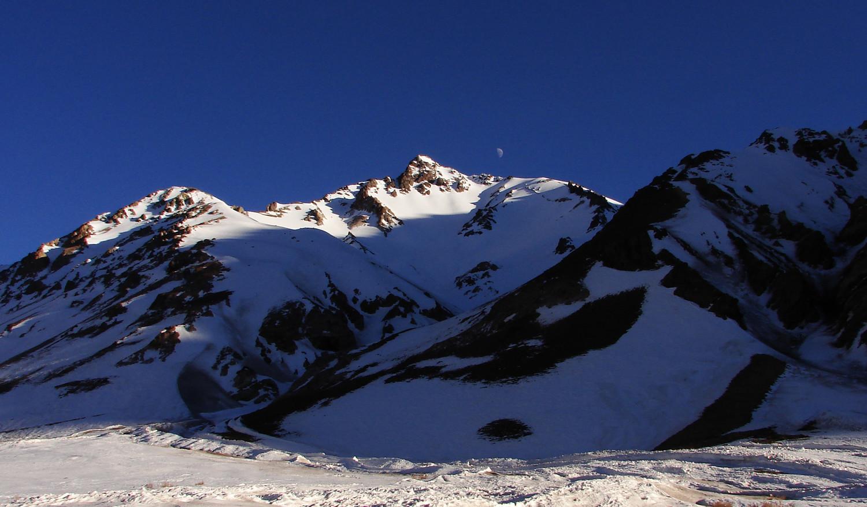 Pico Leñas del Tolosa desde la ruta internacional