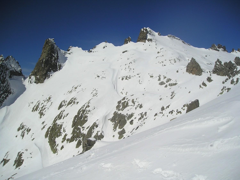 Descente de la brèche de Capitellu (tout à droite).