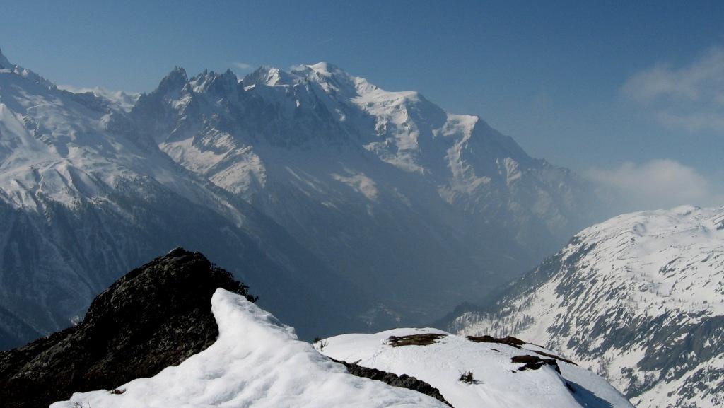 Le Mont-Blanc depuis la crête sommitale.
