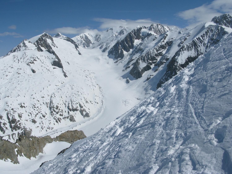 Vaste étendue du glacier de Tré la Tête ...