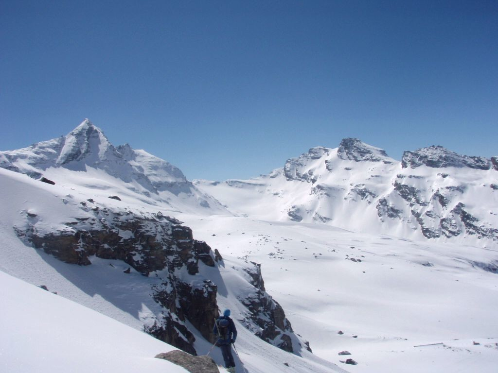 Vue sur le glacier du Grand Etret et son col occidental