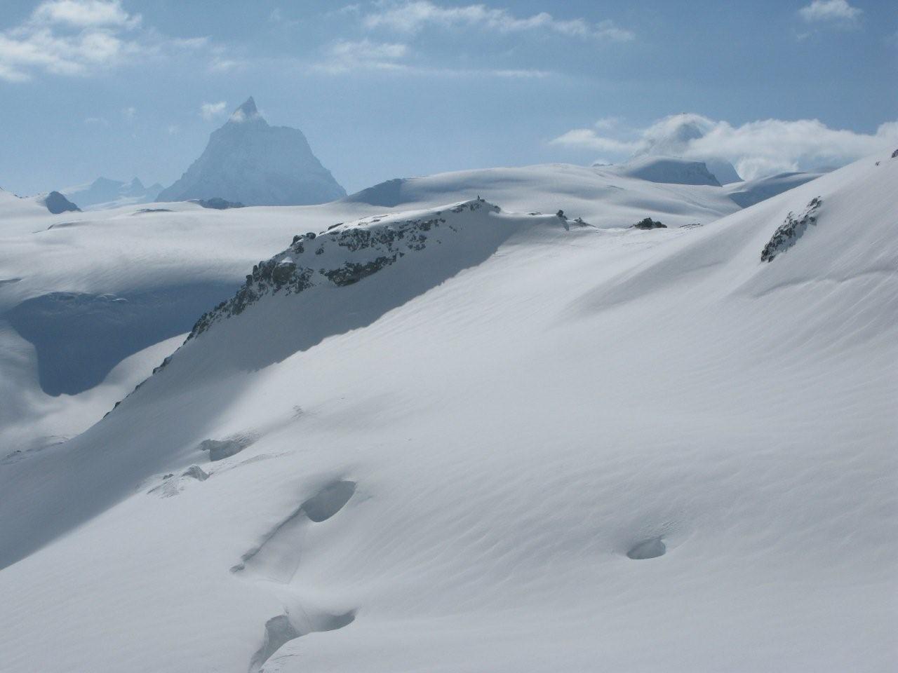 Cervin au-dessus du Col de la Tsa