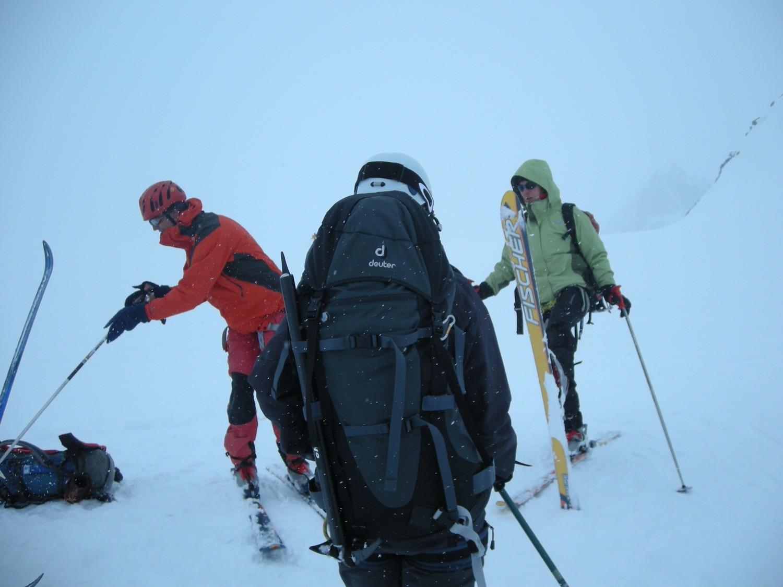 Conditions pas super ! Même la neige colle sous les skis !!!