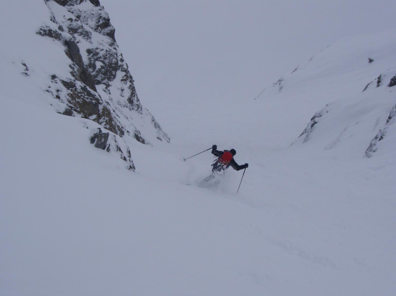 Dans la descente du 1er couloir accédant au glacier de la Floria