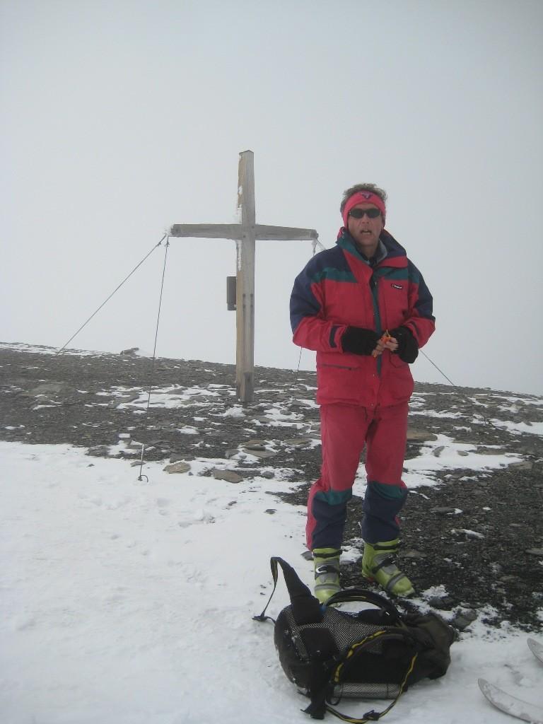 Pierre au sommet du Wilstrubel