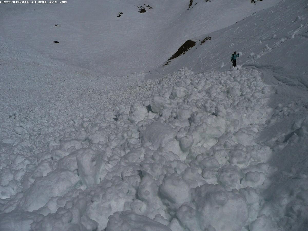 Coulée de fond dans la montée à la Stüdlhütte