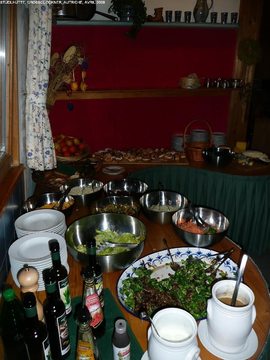 Grossglockner : buffet du soir à la Stüdlhütte