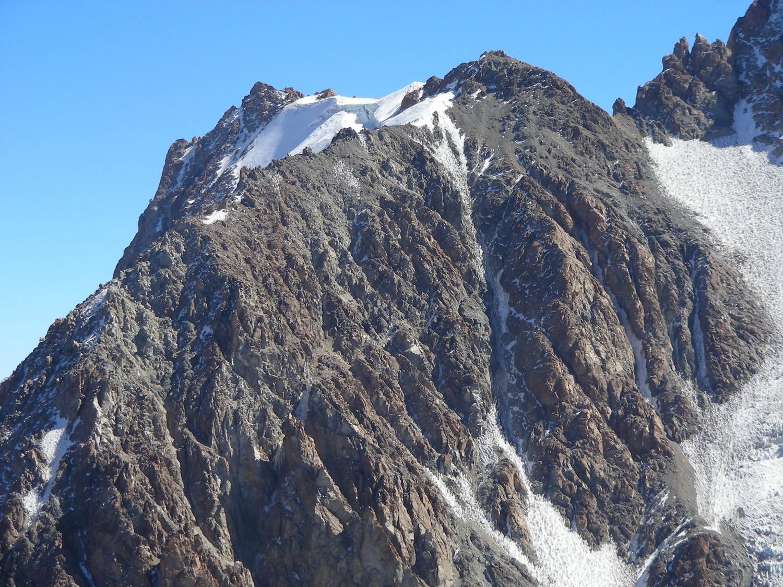 Detail de la face ESE du sommet S des Tres Picos del Amor