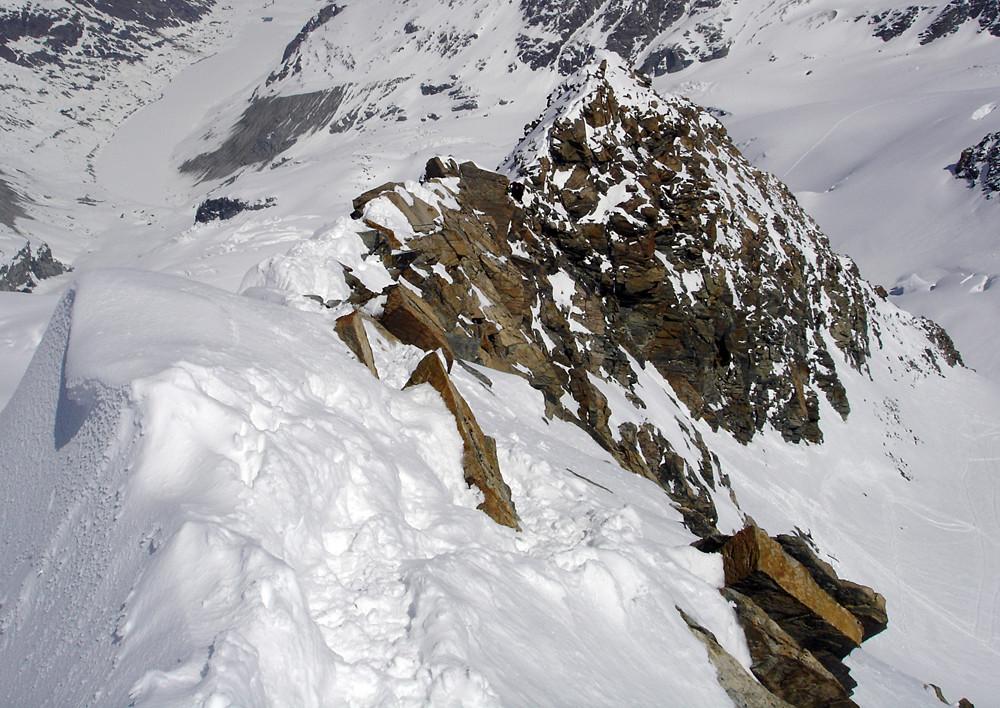 Piz Glüschaint: la cresta NNE dai pressi della vetta