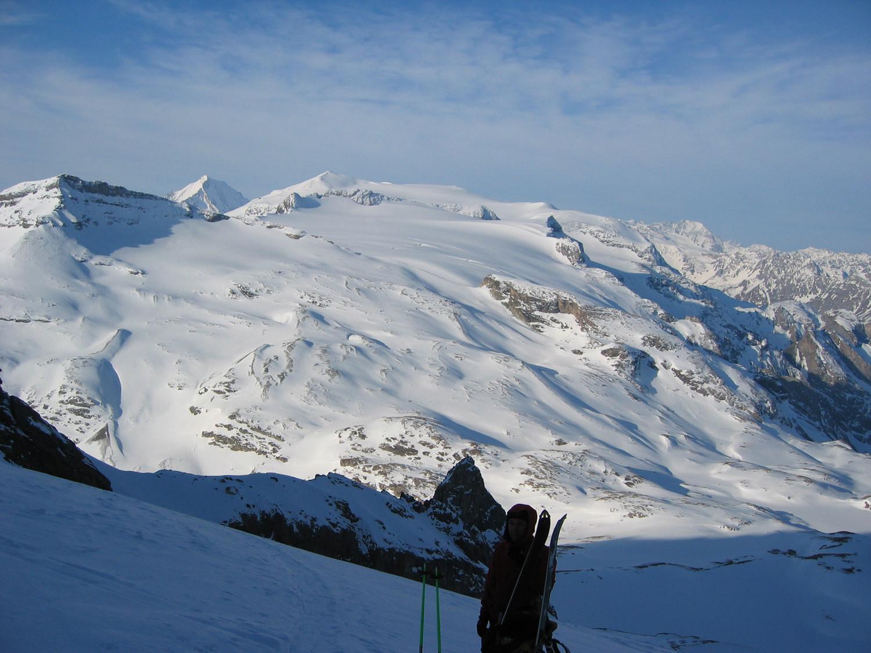 Grande Casse: pause sur fond de glaciers de la Vanoise