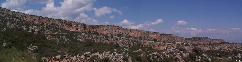 Antalya - Geyikbayiri - Les falaises orientees au Sud.