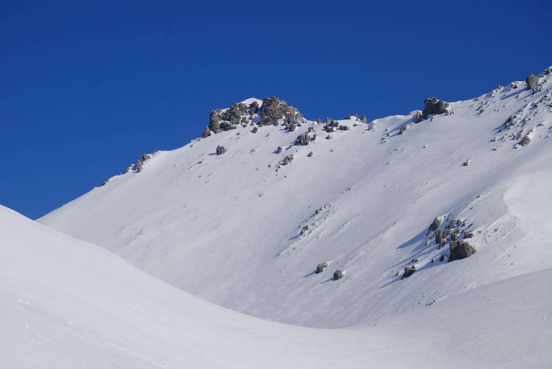 Risalendo la Valle Forcola la quota 2896 m del M. Forcola.
