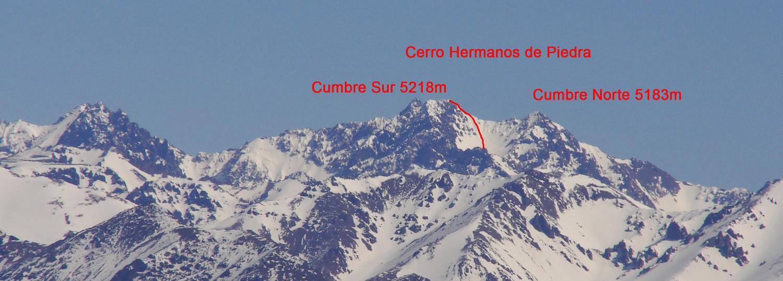 Cerro Hermanos de Piedra visto desde la precordillera
