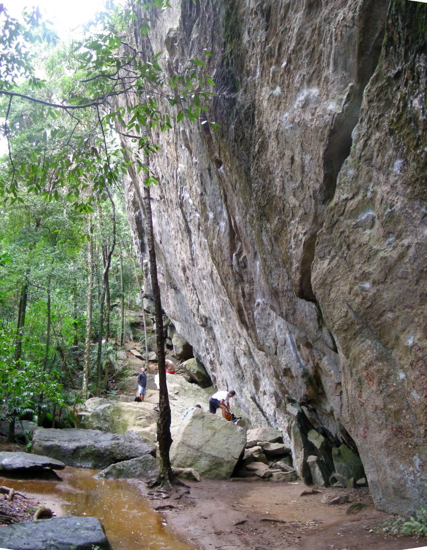 La falaise de Campo Escola 2000 dans la Forêt de Tijuca (Rio de Janeiro)