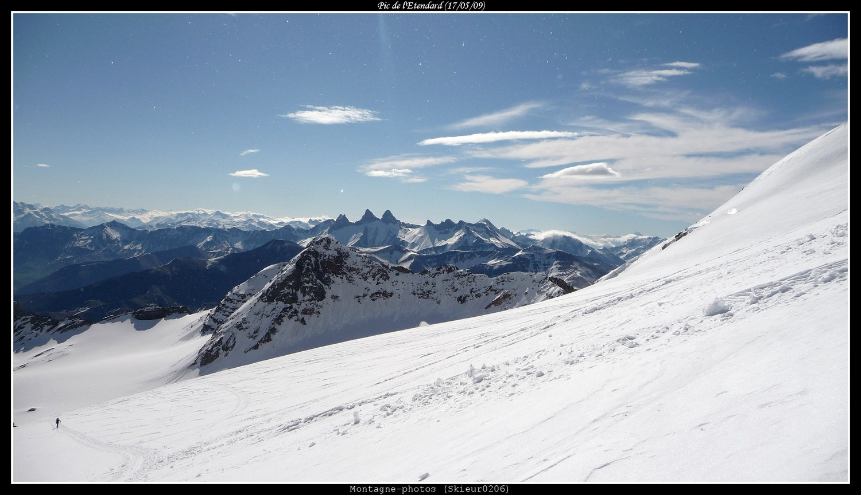 Les Aiguilles d'Arves depuis le glacier