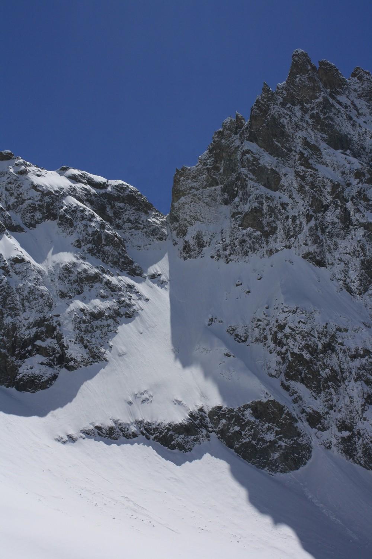 Le versant W du Col des Ecrins