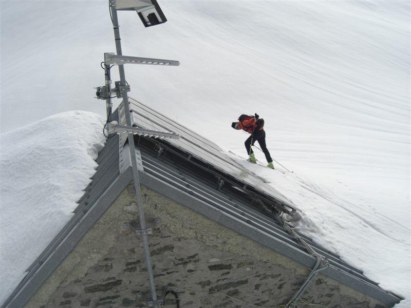 Refuge Giacoletti Alt.2744m - C blindé de neige !!!
