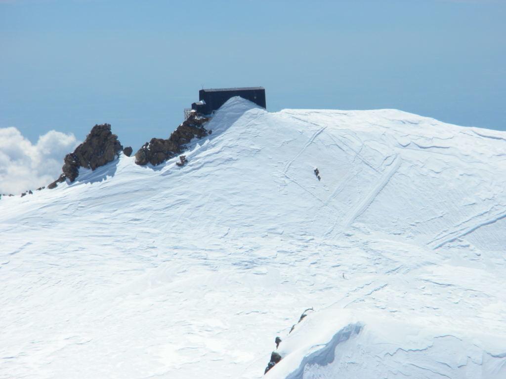 Signalkuppe ou Punta Gnifetti et Capanna Margherita à 4554m