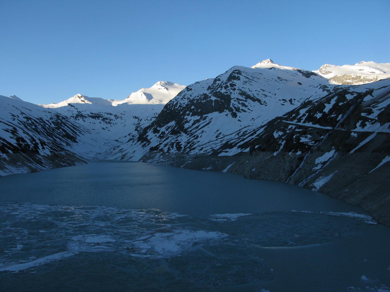 Le lac de Mattmark