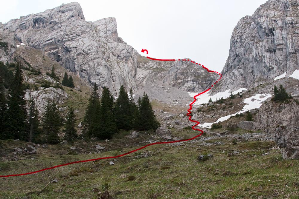 L'accès par le creux du Pralet, vu du bas (mai 2009)