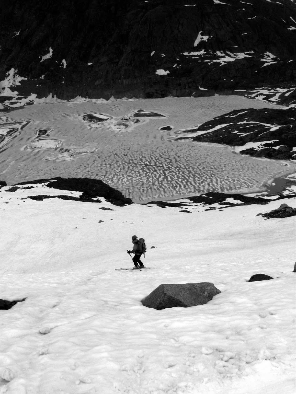 Discesa verso il lago del Gauli Gletscher