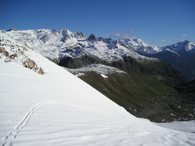 Pointe des Sarrasins et Péclet/Polset au fond