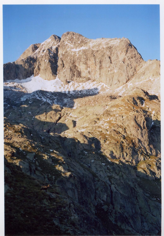 le Gélas (arête sud à droite)