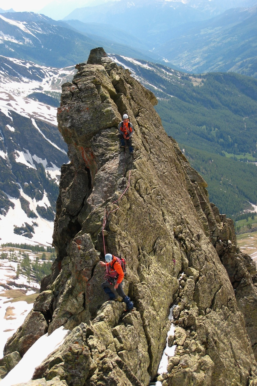 Arête entre l'anétcime S  et le sommet du Bric Bouchet