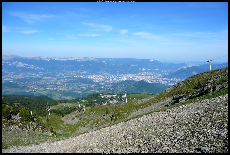 En montant, vue sur Grenoble