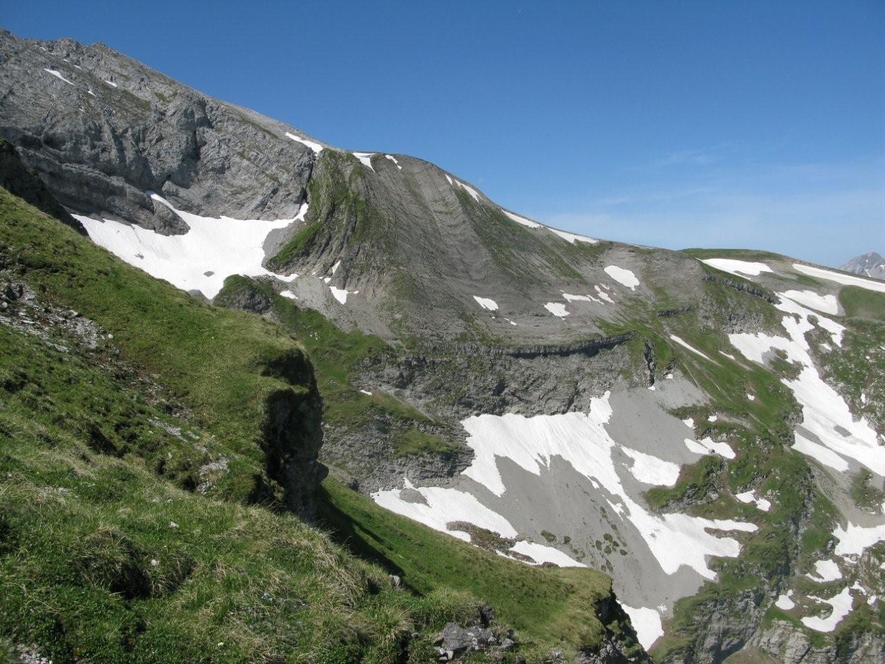 sommet 2478 m. areu