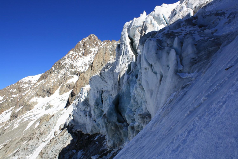 Le front du Glacier de la Selle et le Pic de la Grave