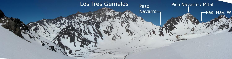 Panorama de los Tres Gemelos y del Pico Navarro desde las laderas SE del Santa Elena (sept. 2008)