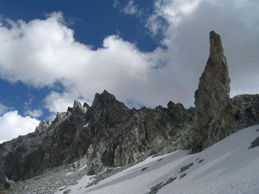 La tour isolée