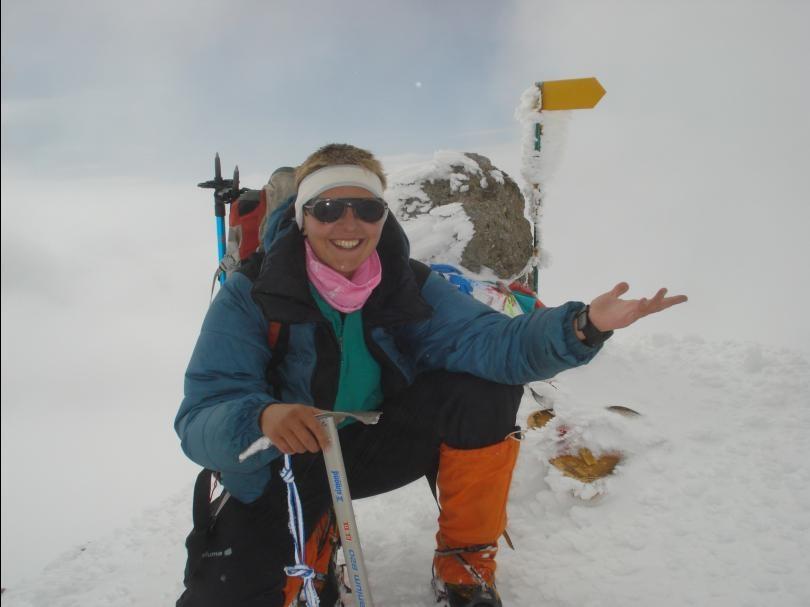 Au sommet de Mt Elbrouz 5642m.