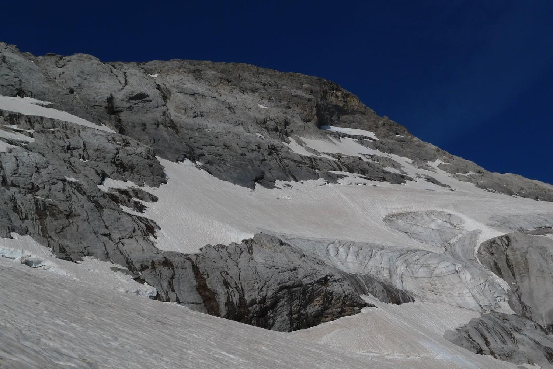 la dernière partie de l'itinéraire, avec la rimaye et les rochers qui nous ont permis d'accéder au glacier supérieur