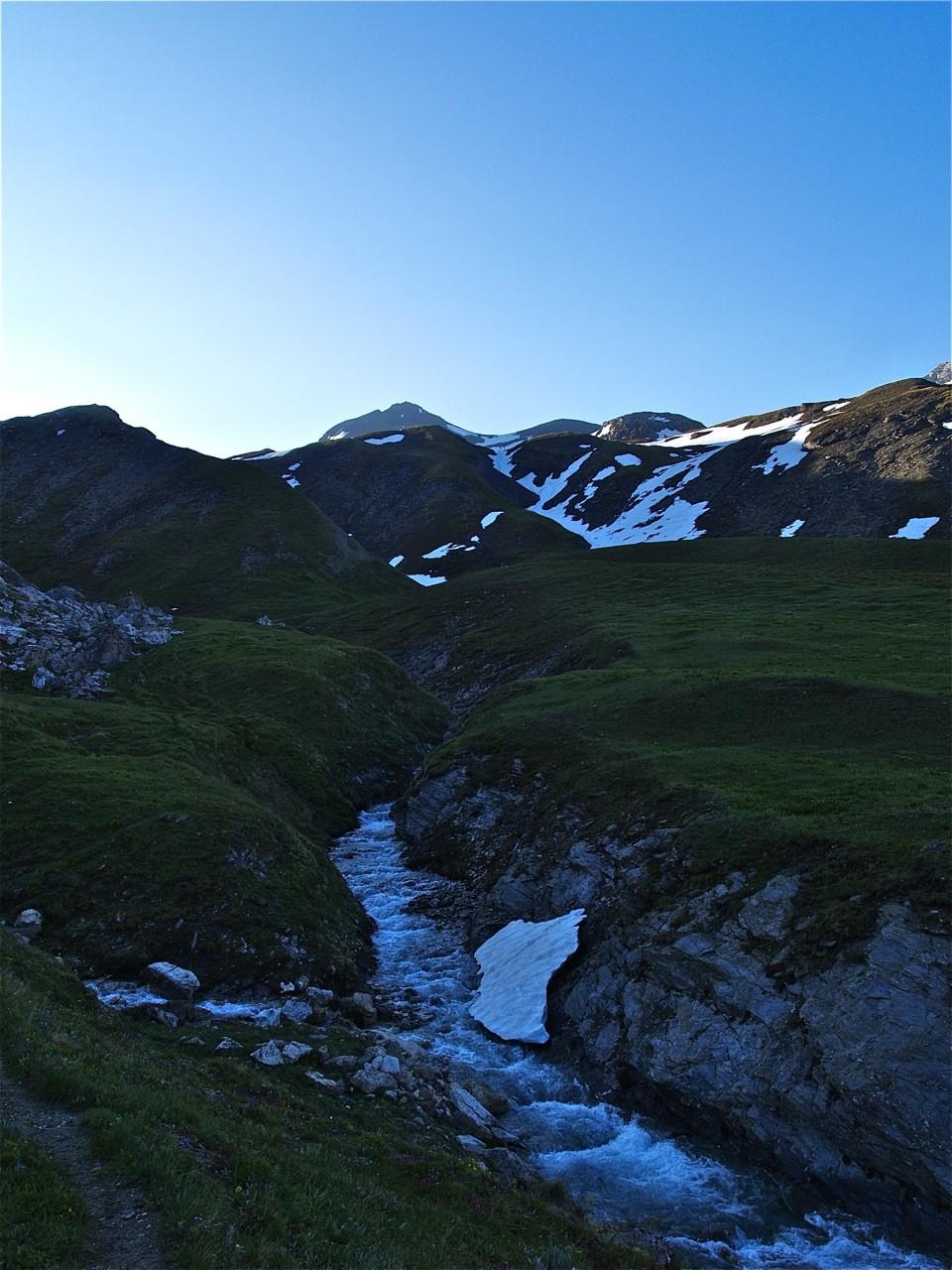 Pointe de Méan-Martin et Ruisseau des Roches Blanches