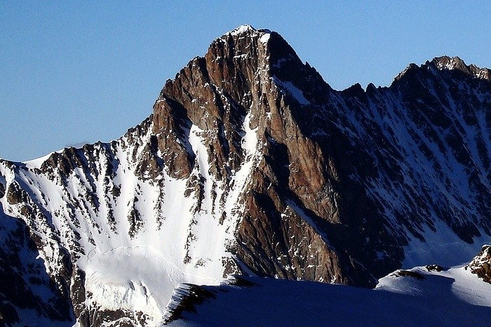 Lo Schreckhorn 4078 m versante WNW