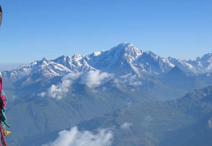 Mt.Blanc- vue du sommet du Mt. Pourri