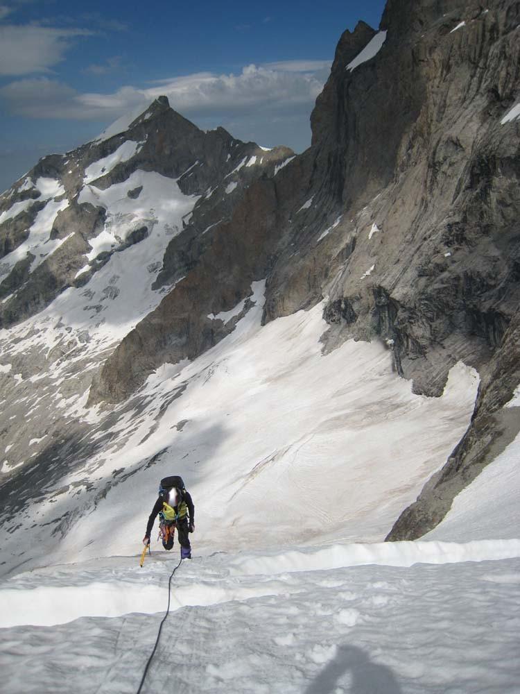 Montée, versant W Col du Pavé