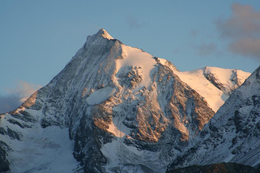 Mont Pourri et Face Nord du Mont Turia après le petit épisode neigeux