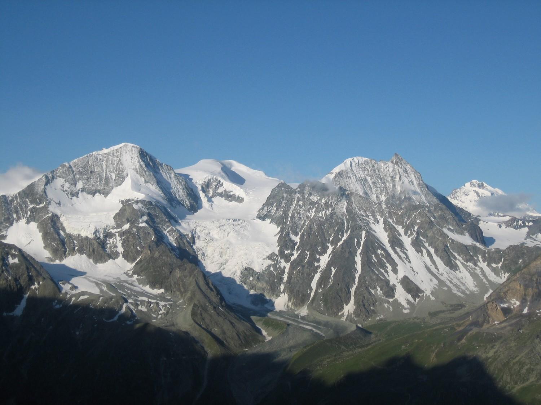 Pigne d'Arolla, Serpentine et Mont Blanc de Cheilon