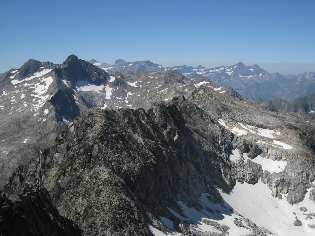 Panorama, du Pic long au Taillon