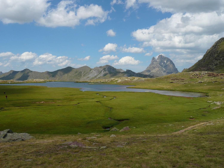 Lac d'Anayet et Pic du midi d'O