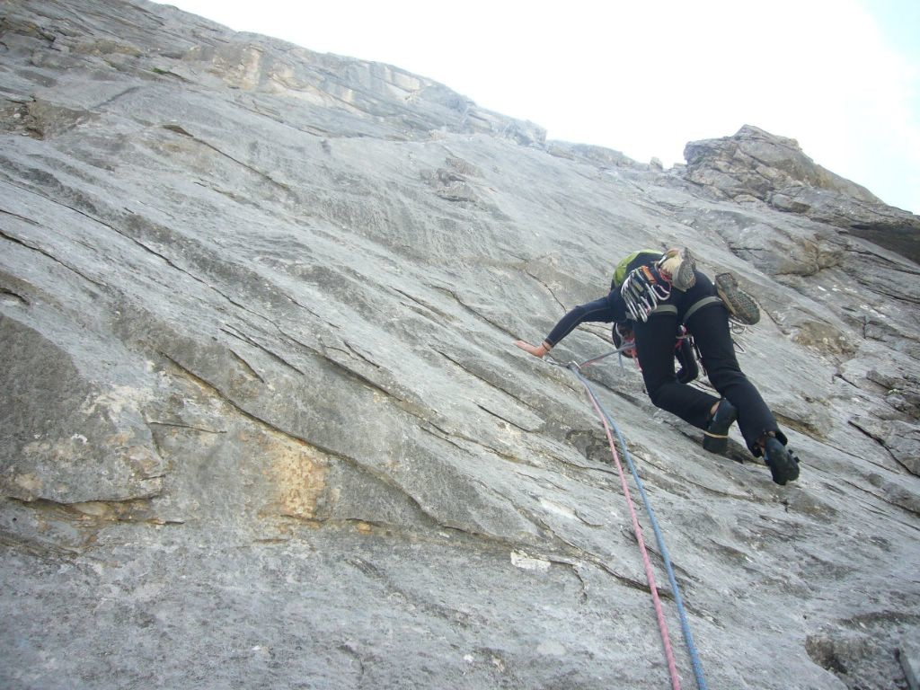 du bon rocher dans le passage difficile